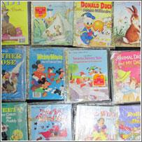 大阪府より【ピーターラビットの絵本 第1集、ディズニー リトルゴールデンブック】など絵本181点買取りしました